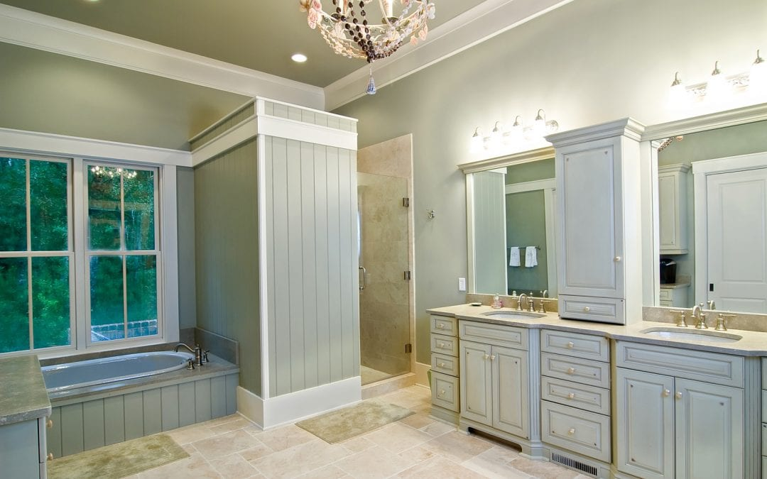 choosing bathroom cabinets